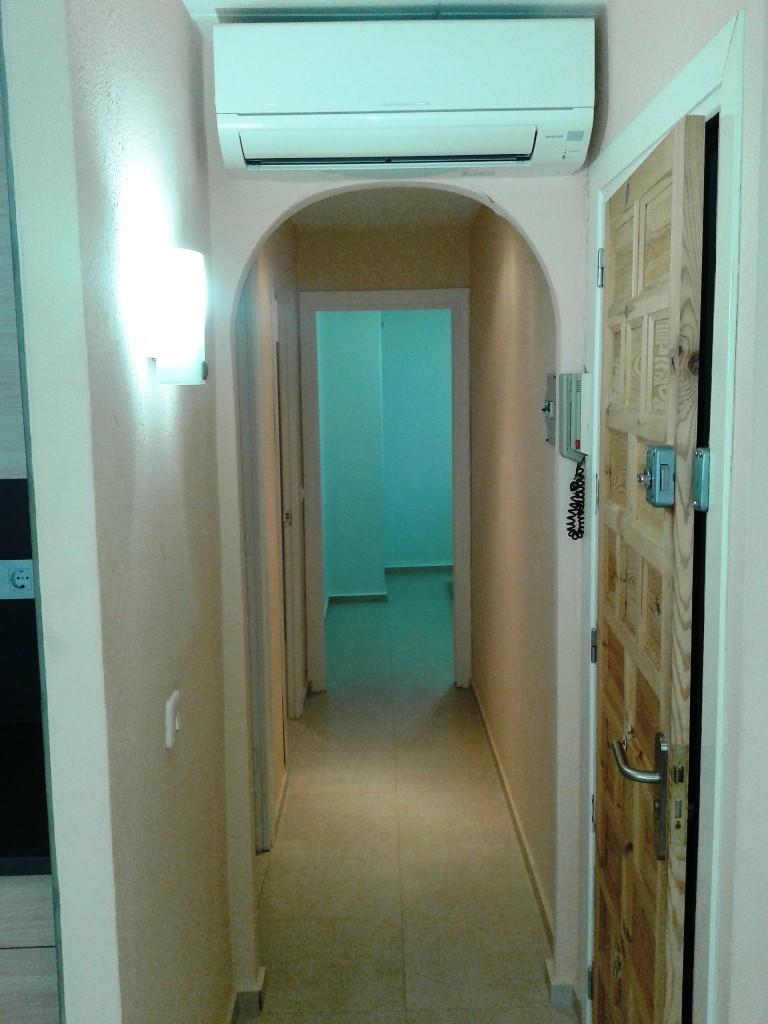 Alquiler piso de 2 habitaciones en el centro de roses for Alquiler de habitaciones