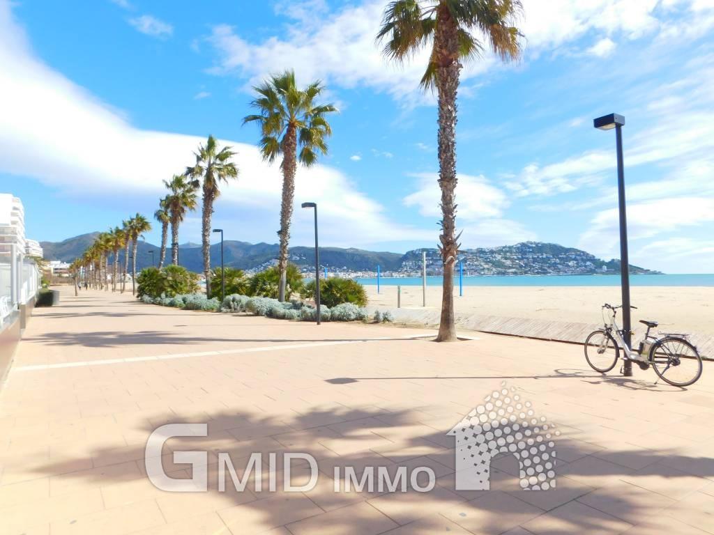 Apartamento de vacaciones a 50 m de la playa en santa - Inmobiliaria la playa ...