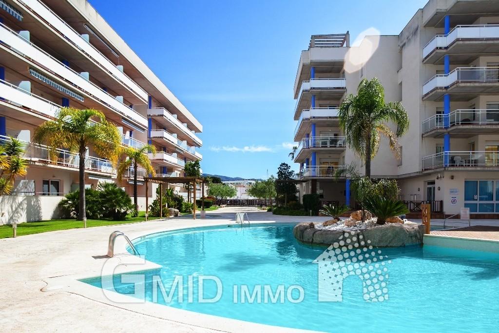 Appartement santa margarita avec grande terrasse et for Appartement avec piscine
