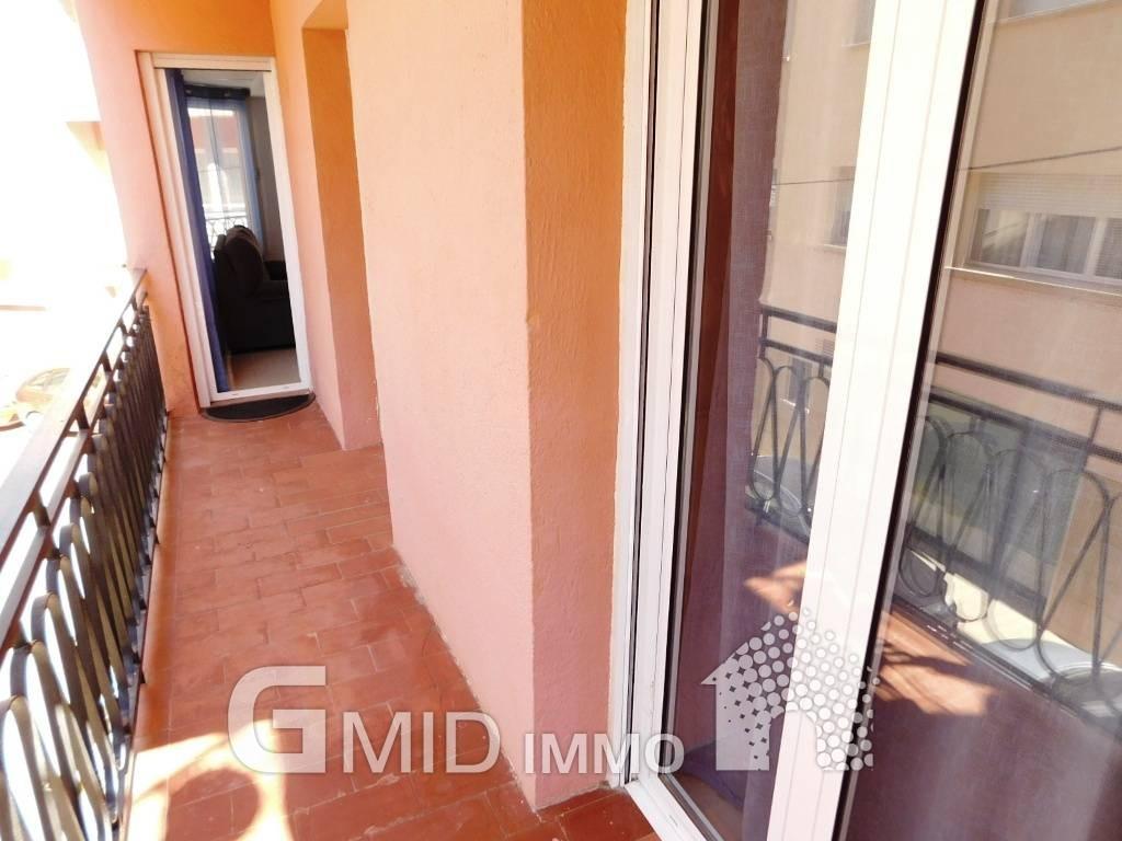 Alquiler larga estancia piso de 3 habitaciones a 50 m de - Alquiler piso amorebieta ...