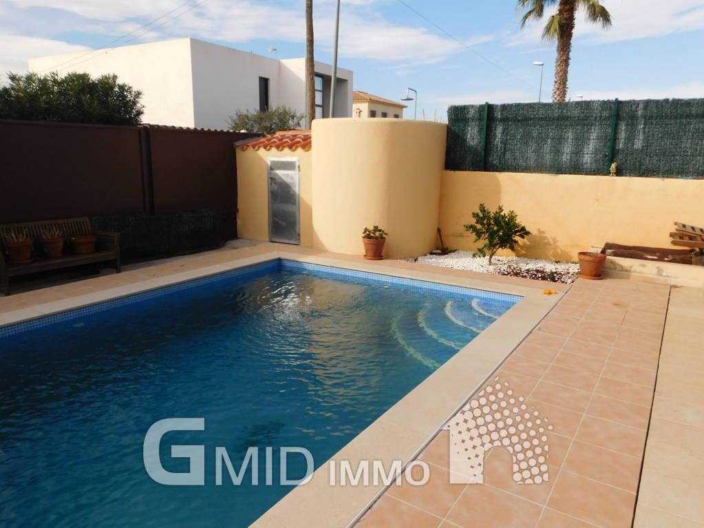 Casa indipendente 4 camere da letto e piscina vicino alla spiaggia ...