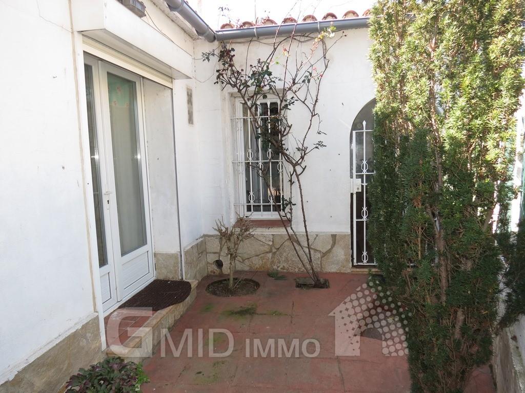 Casa en planta baja en roses con garaje inmuebles gmid immo inmobiliaria en roses y - Casas planta baja ...