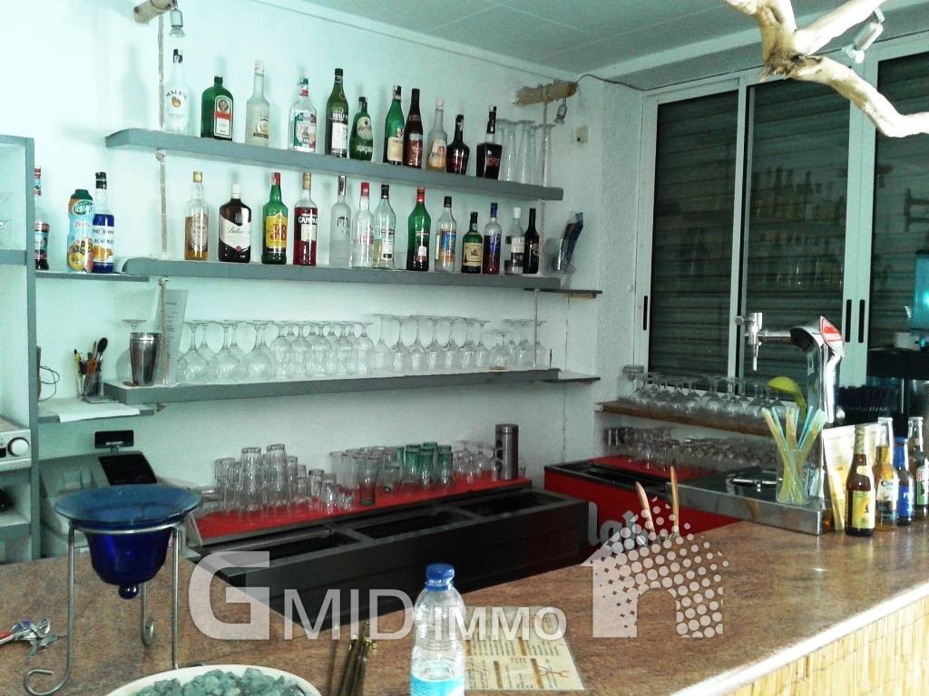 For transfer Bar in Roses, Girona, Spain | Properties - GMID IMMO ...