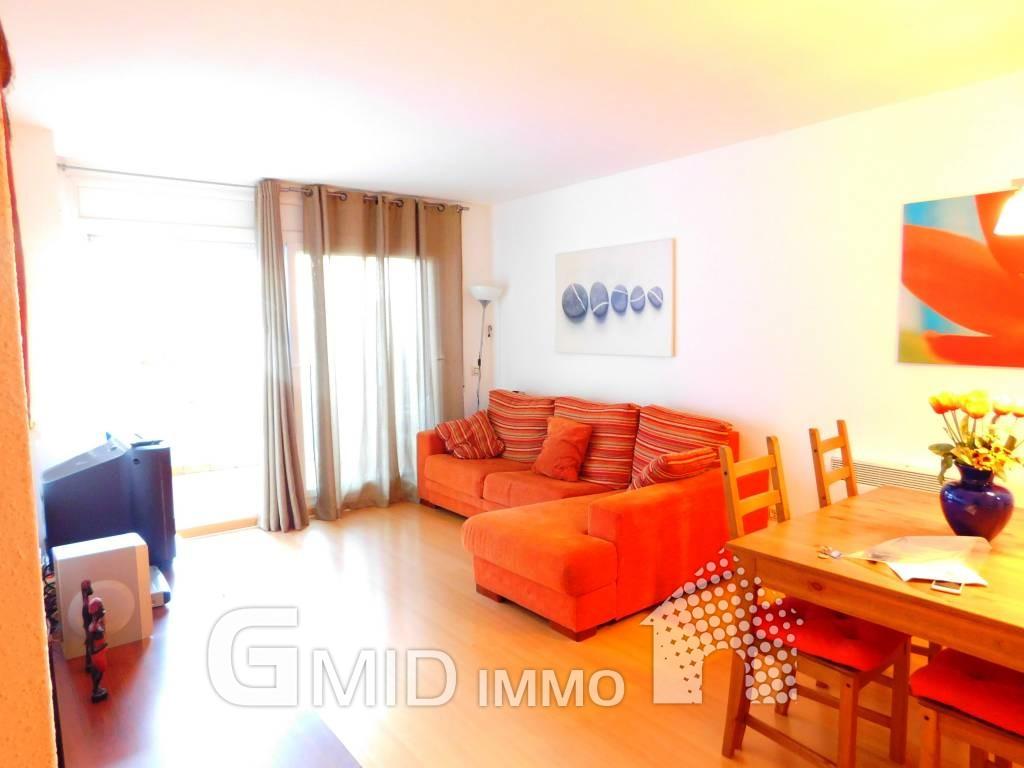 Bonito apartamento de dos habitaciones para alquiler for Habitaciones individuales en alquiler