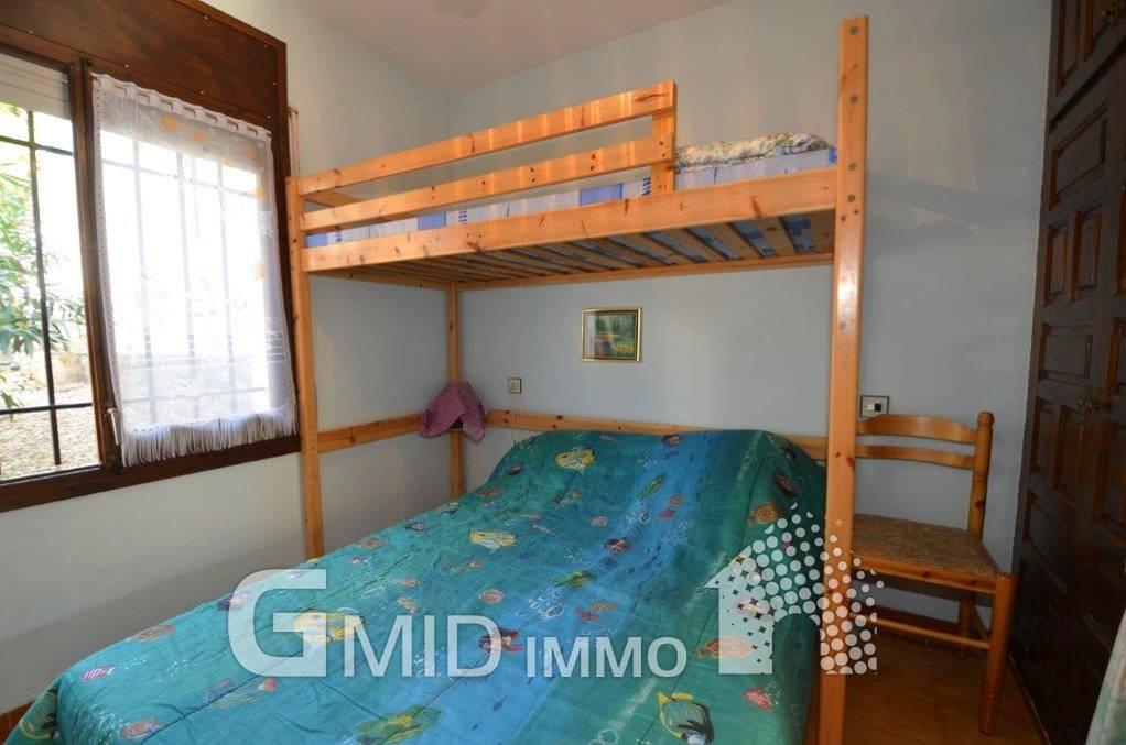 In vendita appartamento con 1 camera da letto, piscina ...