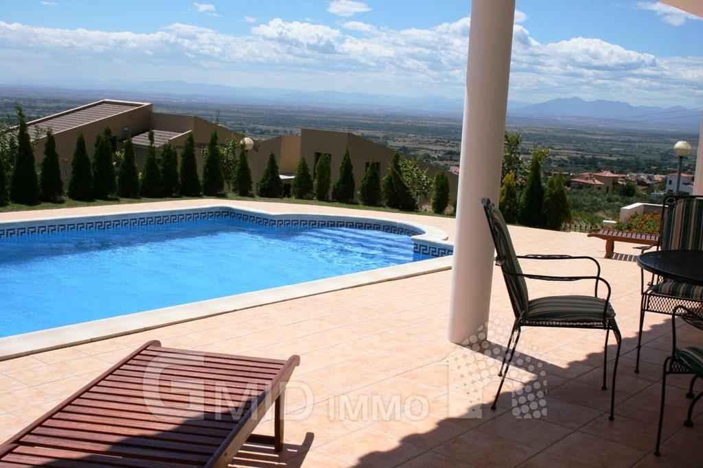 alquiler vacacional casa con piscina en la urbanizaci n
