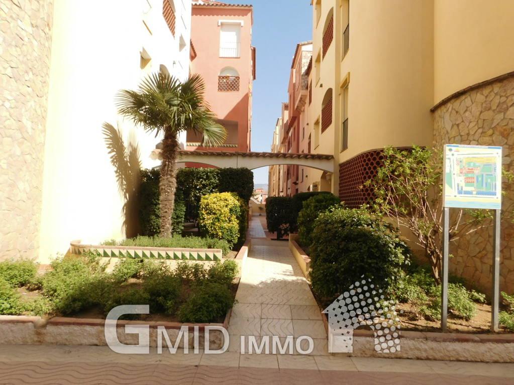 alquiler piso de vacaciones a 50m de playa en empuriabrava On alquiler piso vacaciones sevilla centro