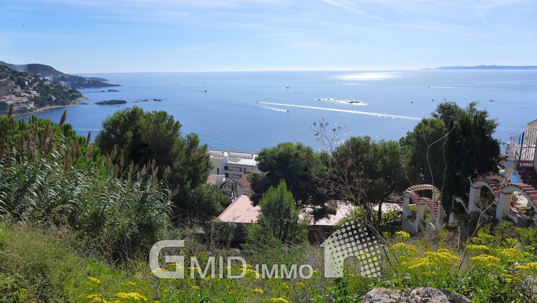 Casa de 2 plantas con vistas magnificas al mar en - Casas en roses ...