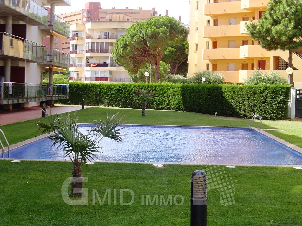 Location appartement moderne avec piscine et parking for Location appartement avec piscine