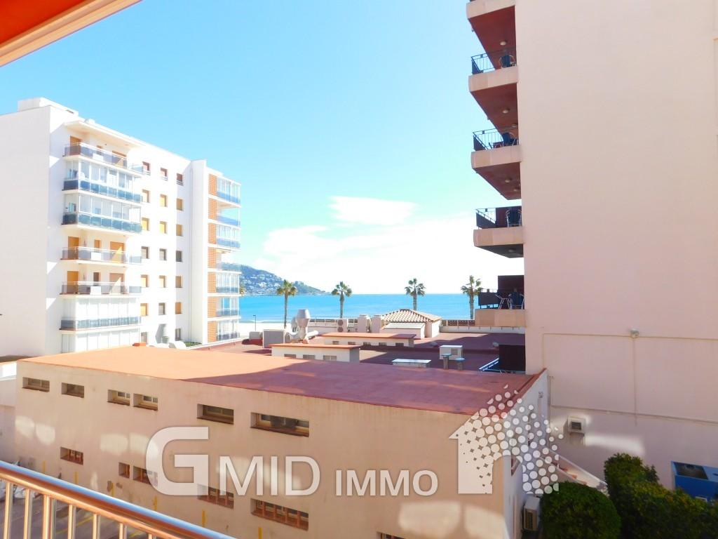 Apartamento de vacaciones a 50 m de la playa en santa margarita roses inmuebles gmid immo - Apartamentos playa baratos vacaciones ...
