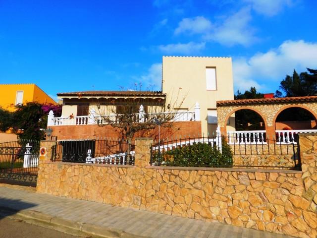 En venta bonita casa unifamiliar en Vilajuïga, Costa Brava