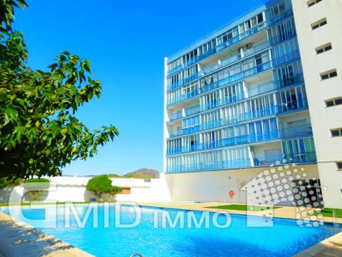 En venta estudio con vistas despejadas y piscina comunitaria Roses, Costa Brava
