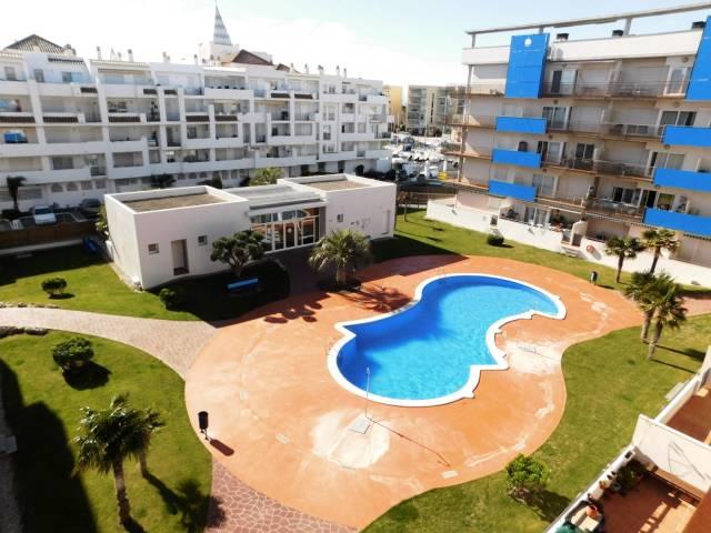 Bonito apartamento de dos habitaciones para alquiler vacacional en Santa Margarita, Roses