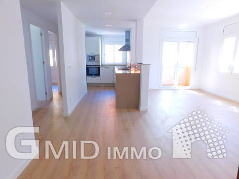 Completely renovated apartment with 3 bedrooms in Roses center, Costa Brava