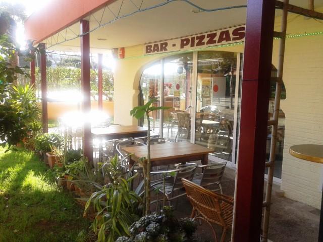 Venta de Bar-Restaurante-Pizzeria con almacén en Santa Margarita, Roses