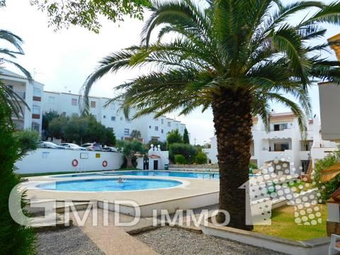 Apartamento de 1 habitación situado en el complejo residencial Els Jardins en Puig Rom, montaña de Roses