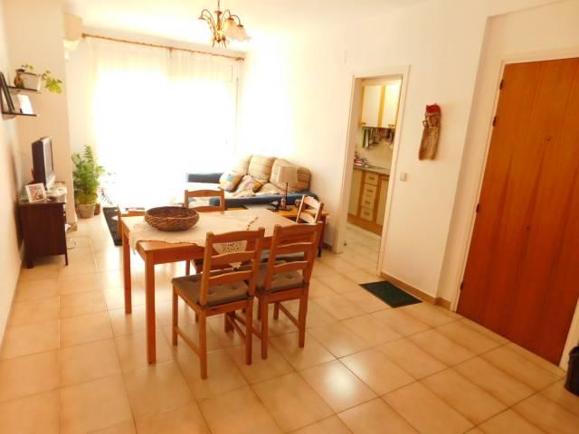 Appartement 3 chambres et patio intérieur proche plage et commerces Roses