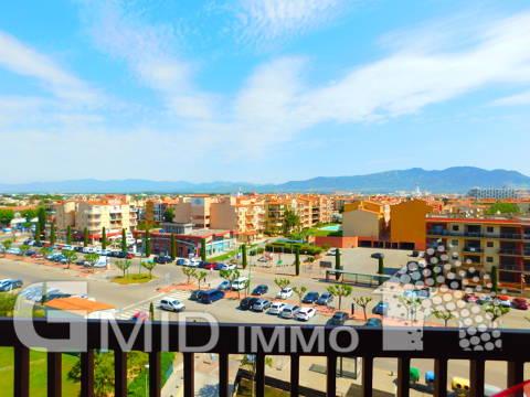 Apartamento de 1 dormitorio en el centro de Empuriabrava y 100m de la playa