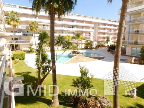 Alquiler anual piso de 2 habitaciones con parking Santa Margarita, Roses
