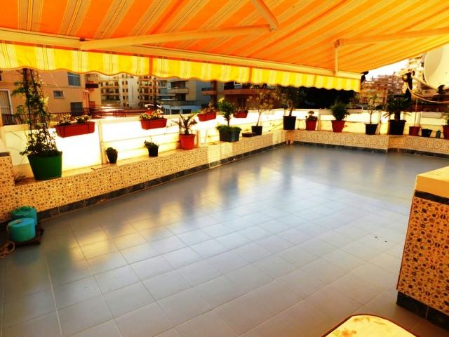 Bonito apartamento con espaciosa terraza privada en Santa Margarita, Roses