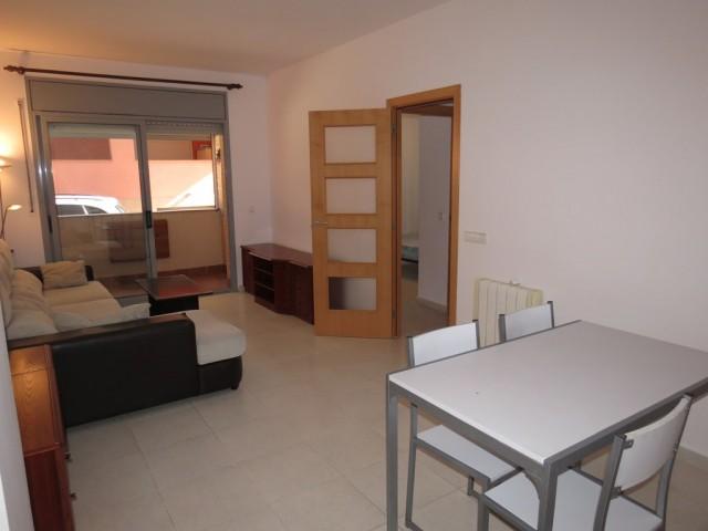 Apartamento con 2 habitaciones y parking en Roses