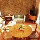 Casa tipica de pueblo en Palau Saverdera