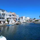 Casa de pescador con 4 habitaciones cerca de la playa y tiendas