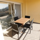 En venta piso renovado de dos habitaciones y parking privado en Roses, Costa Brava